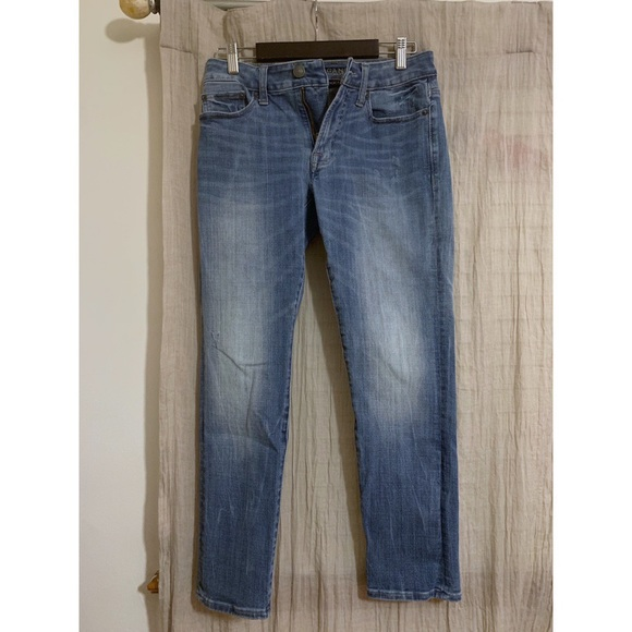 American Eagle Outfitters Denim - American Eagle Outfitters skinny jeans size 28